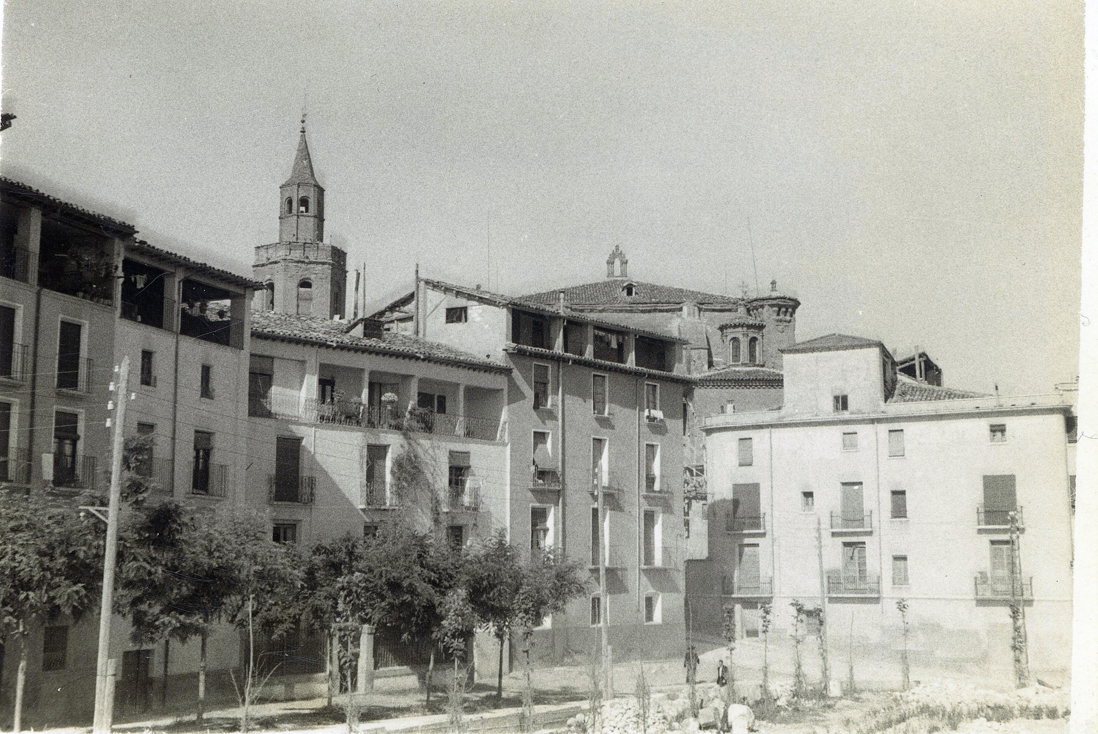 La Plaza Aragón de Barbastro II.